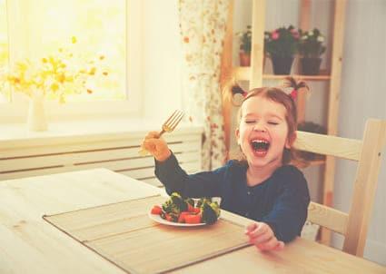 Πώς θα φάνε τα μικρά πιο υγιεινά;