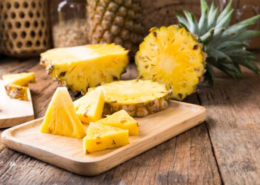 3+1 τρόποι για να κόψεις τον ανανά