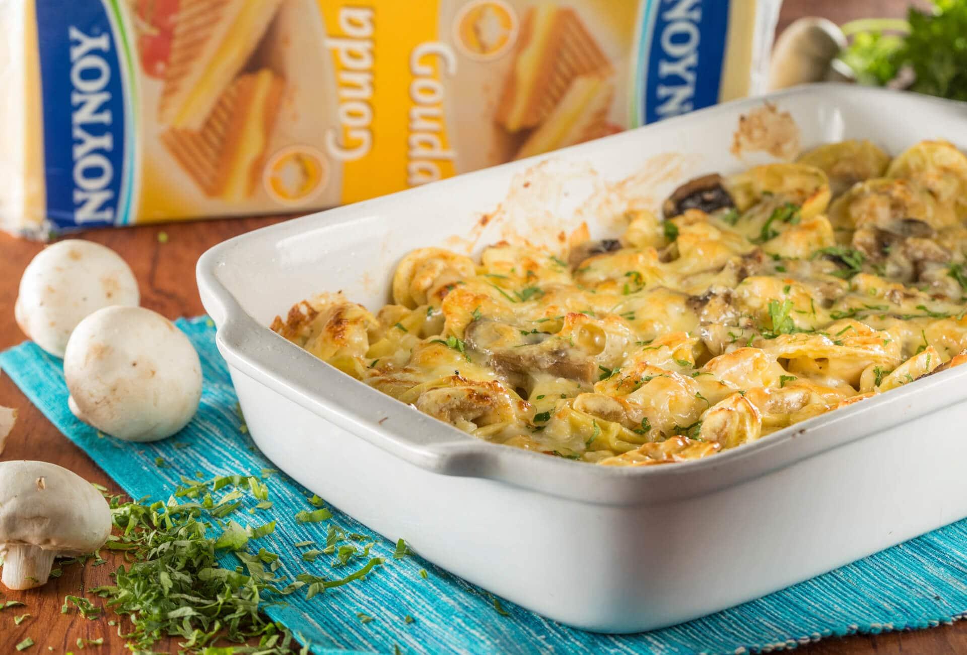 Τορτελίνια στο φούρνο με μανιτάρια & 4 τυριά